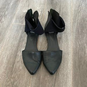 Eileen Fisher Flats Size 7